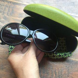 C. Wonder round framed sunglasses